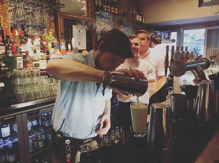 1-Bartenders